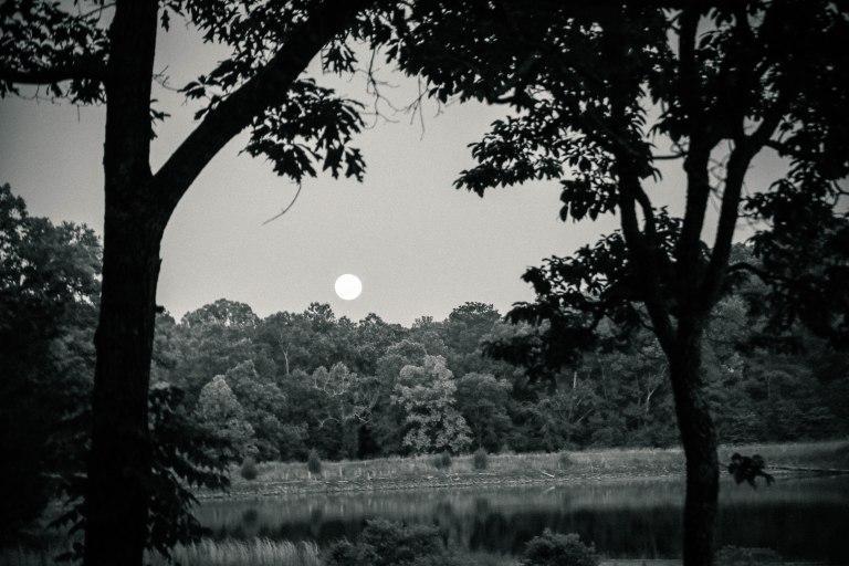 moon_rising_antiqued