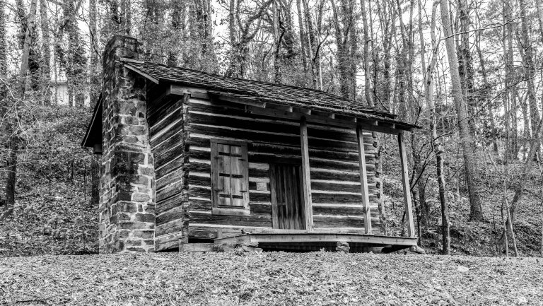Gamble Park Cabin-3